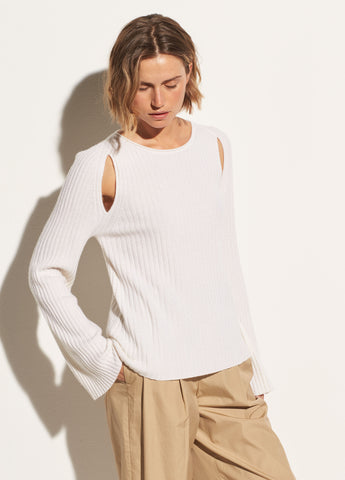 Shoulder Slit Cashmere Crew in Off White