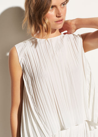 Pleated Shell in Off White