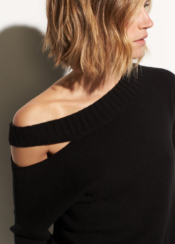 Off Shoulder Slit Pullover in Black