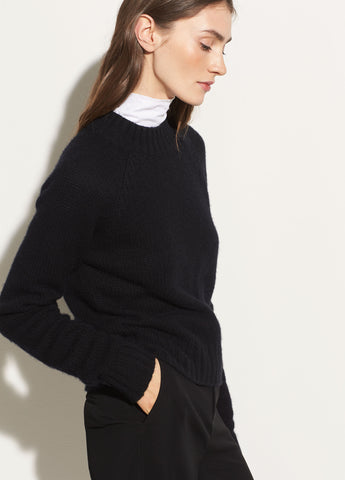 Shrunken Pullover in Black