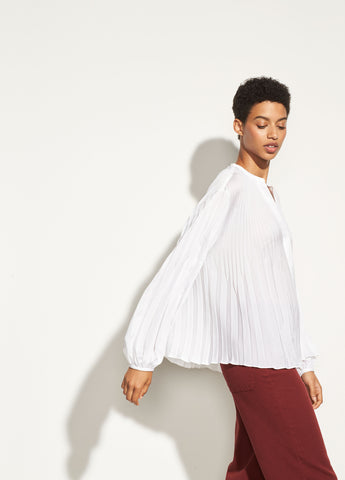 Chevron Pleated Blouse in Optic White
