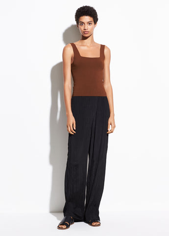 Crinkle Pleat Pull On Pant in Black
