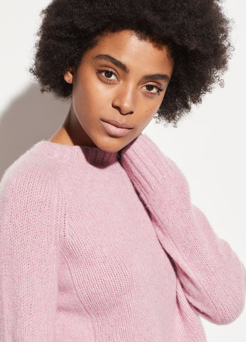 Shrunken Cashmere Mock Neck in Champange Pink