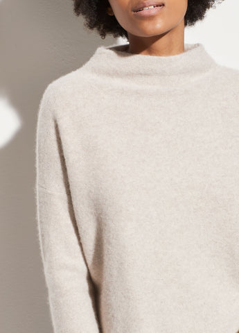 Boiled Cashmere Funnel Neck Pullover in Marble