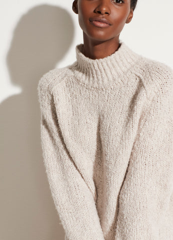 Textured Saddle Sleeve Turtleneck in Pearl Oat