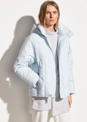Hooded Puffer Jacket in Pale Glacier