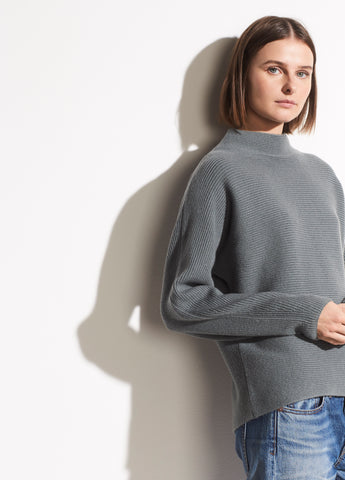 Wool Cashmere Cropped Ribbed Pullover in H Sea Glass