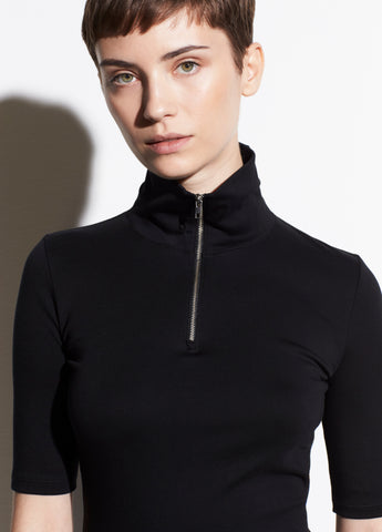 Elbow Sleeve Half Zip in Black