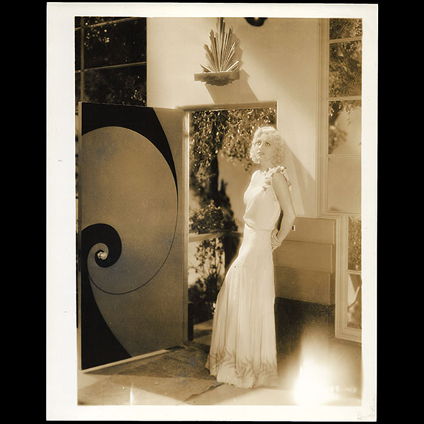 Anita Page, robe d'Adrian pour Our blushing brides (1930)