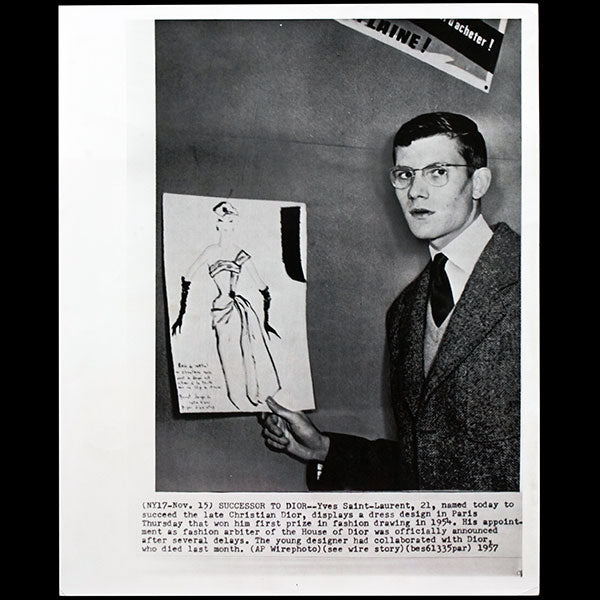 Yves Saint-Laurent - Portrait d'Yves Saint-Laurent nommé successeur de Christian Dior (1957)