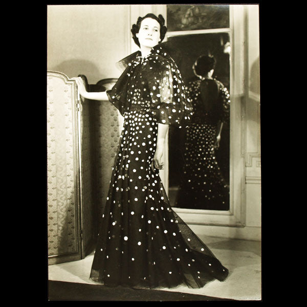 Robe de Lucien Lelong, photographie d'époque du studio Anzon (circa 1935)