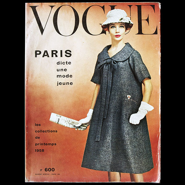 Vogue France (mars 1958), couverture de William Klein