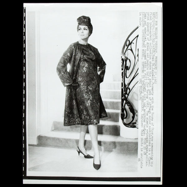 Ensemble d'Yves Saint-Laurent pour le printemps 1962