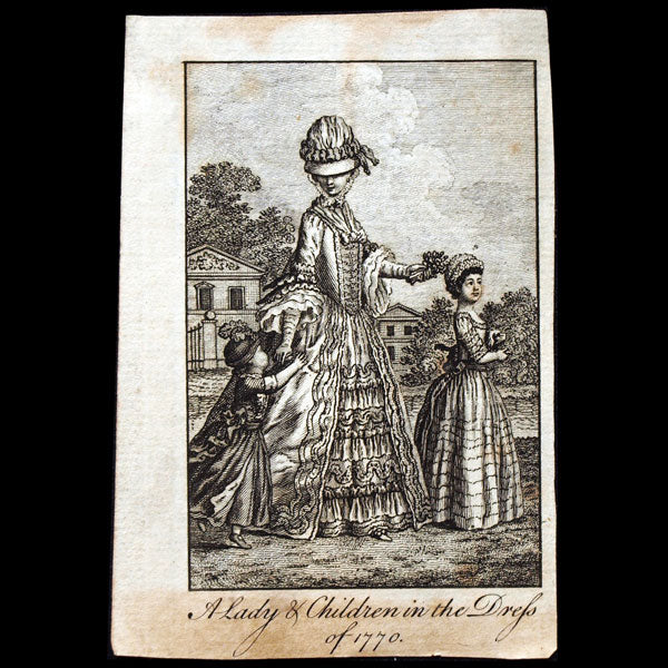 A Lady & children in the dress of 1770, gravure du Ladies Own Memorandum Book (1770)