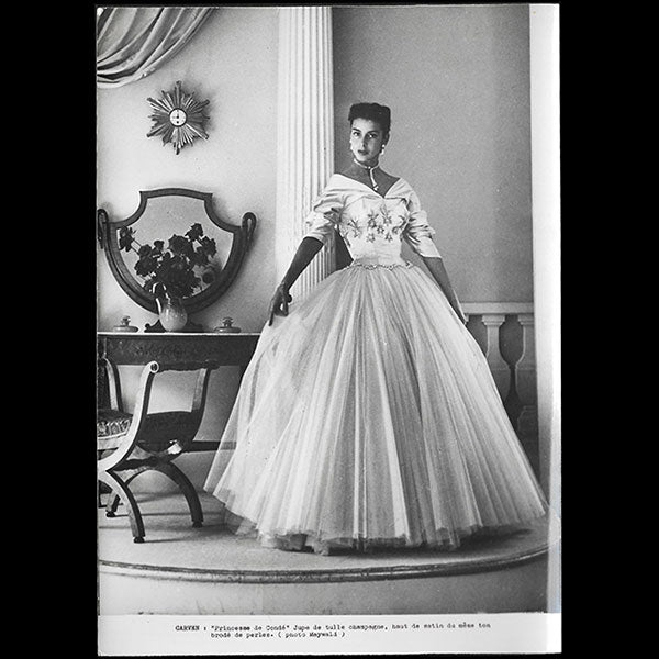 Carven - Robe Princesse de Condé, photographie de Maywald (1952)