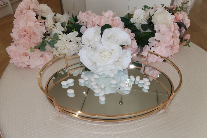 Round European-Styled Gold Stefana Tray