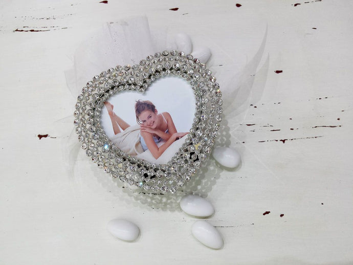 large-heart-picture-frame-handmade-wedding-bomboniere