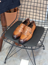 Load image into Gallery viewer, Erie Special Edition Sardinelli Buckle Detailed Tan Leather Shoes