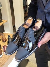 Load image into Gallery viewer, Sardinelli Laced up Patend Classic Black Leather Shoes