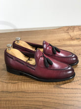 Load image into Gallery viewer, Tasseled Leather Claret Red Loafers