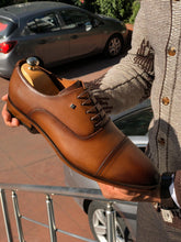 Load image into Gallery viewer, Marc Classic Tan Leather Shoes