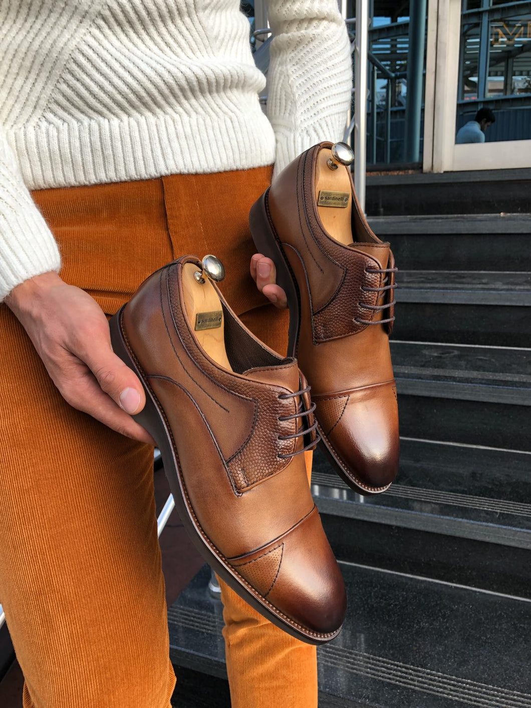 Heritage Laced Walnut Leather Shoes