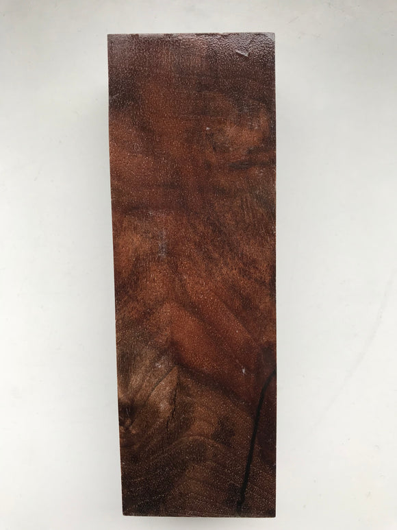 Walnut 126 x 42 x 26 mm