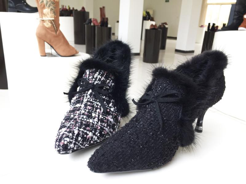 Petite Sexy and Fashionable soft padded fabric and fur heels- Super cute!
