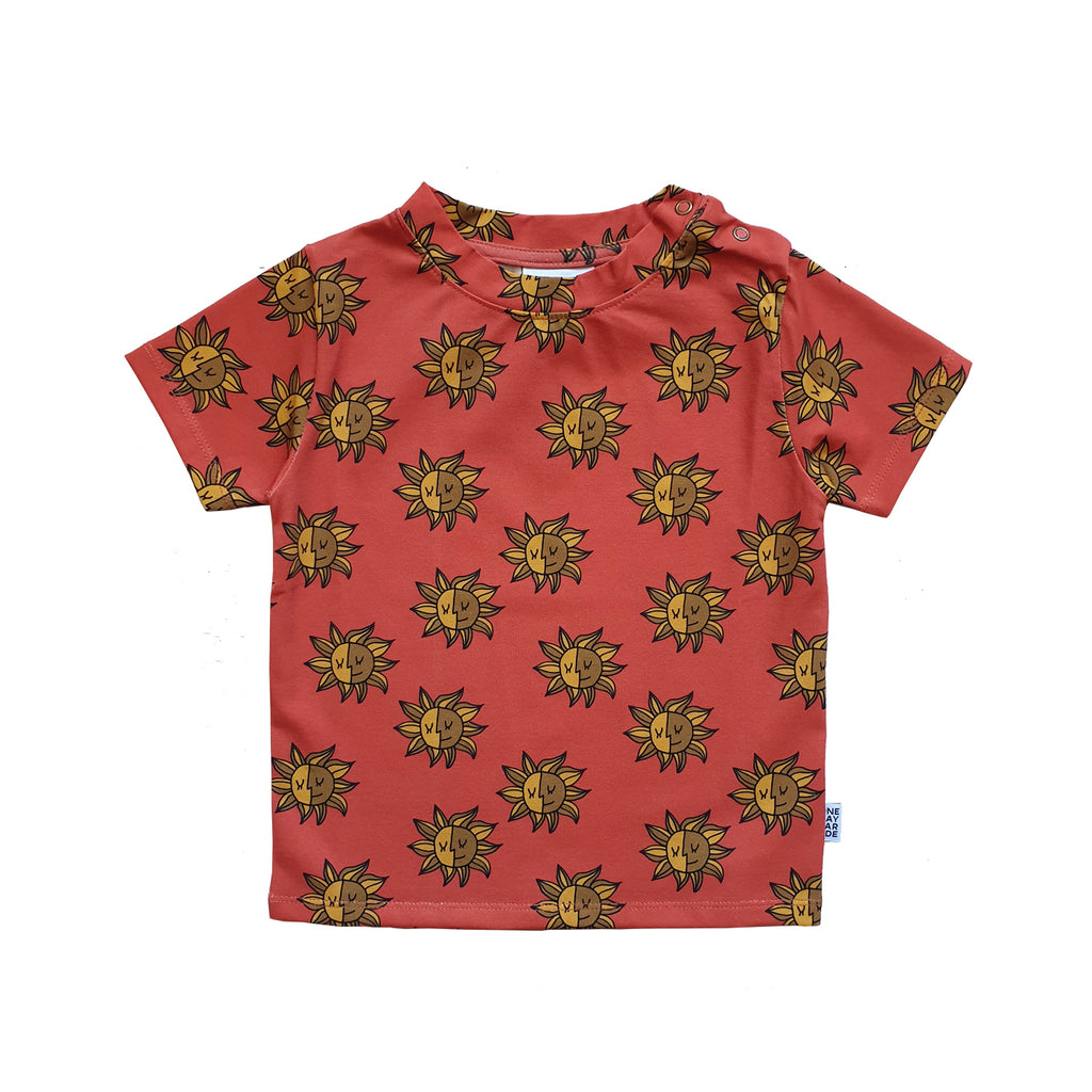 little sun  - t-shirt