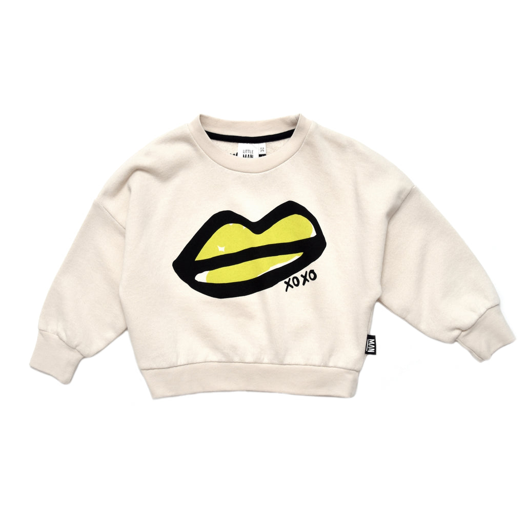 xoxo lips  - sweater