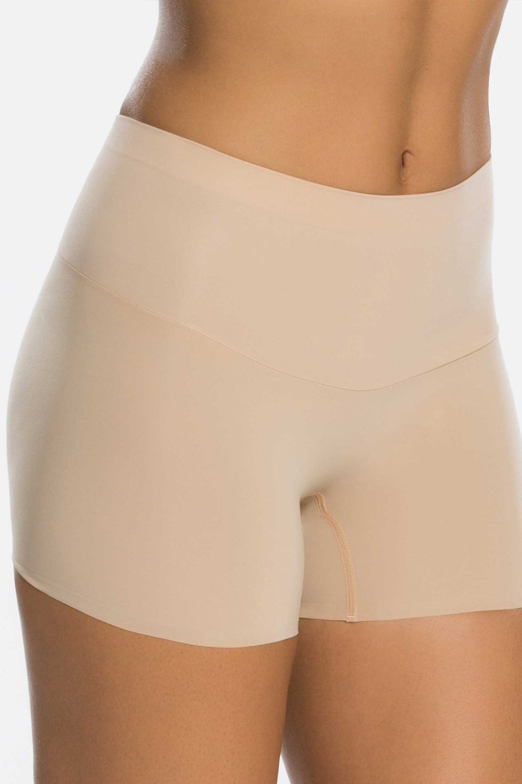 SPANX Shape My Day Girl Short Hautfarben Vorne