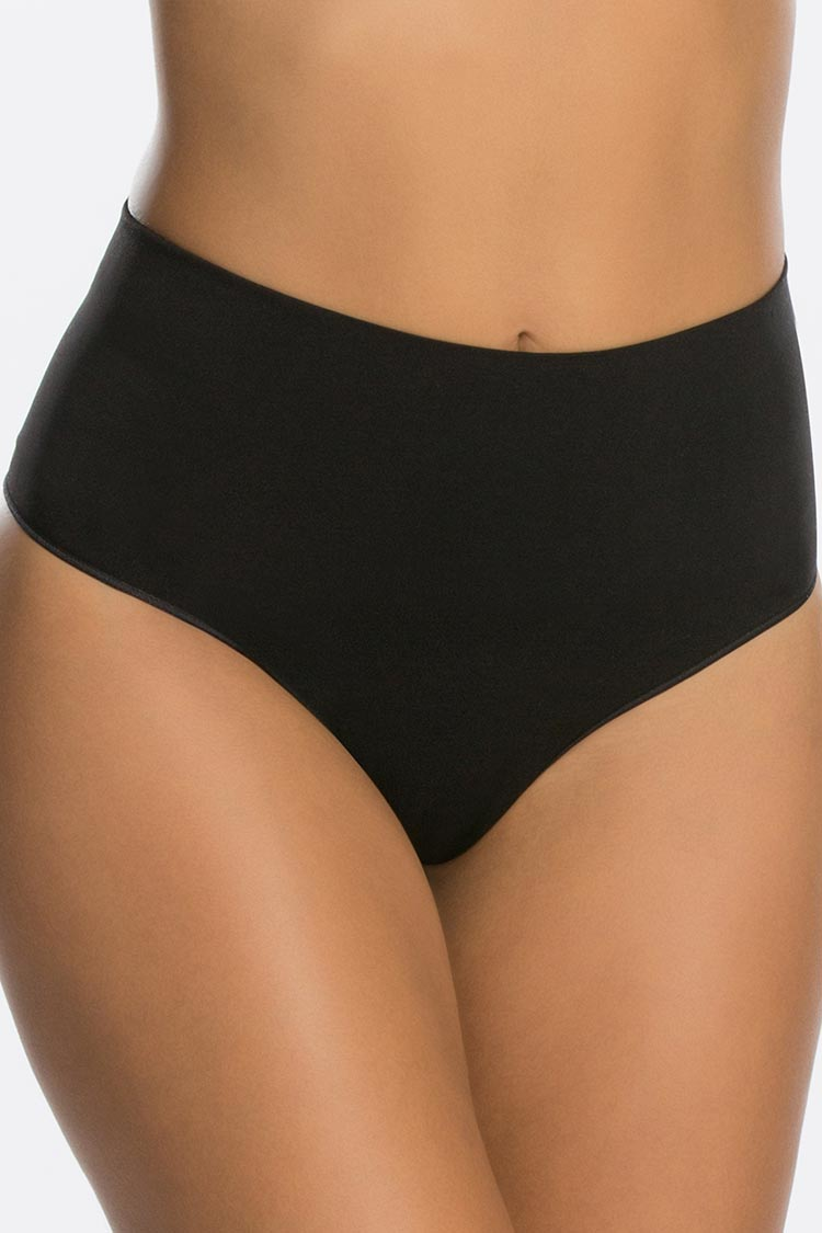 SPANX Everyday Shaping Thong Schwarz Vorne