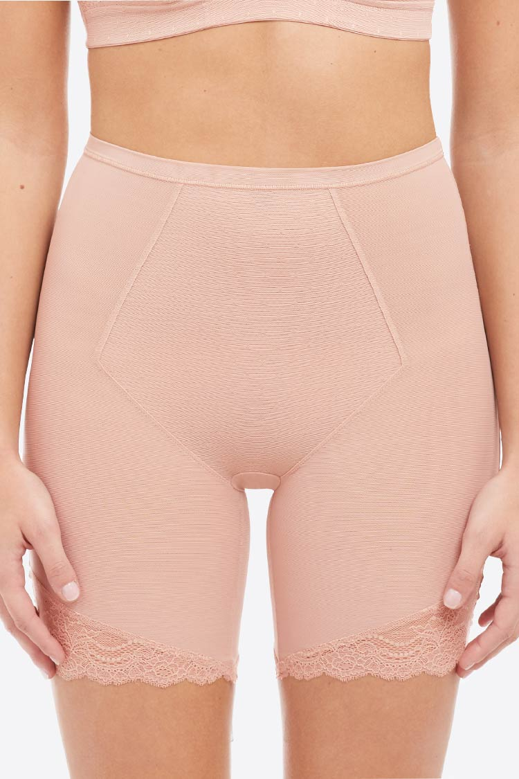 10220R Spotlight on Lace Mid-Thigh Short Nude Vorne