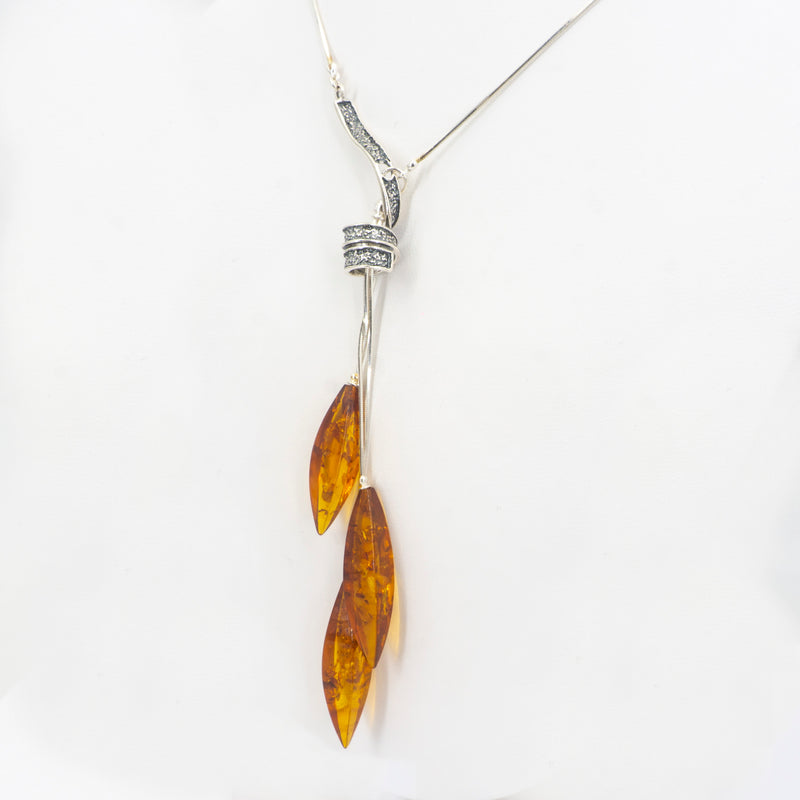 S/S Amber W Spiral Necklace