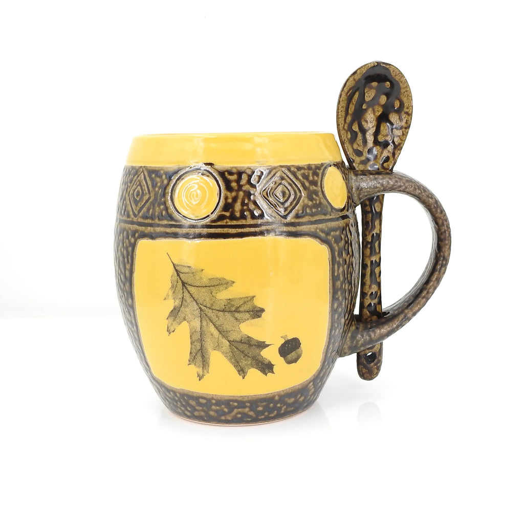 Yellow Oak Leaf Mug W Spoon