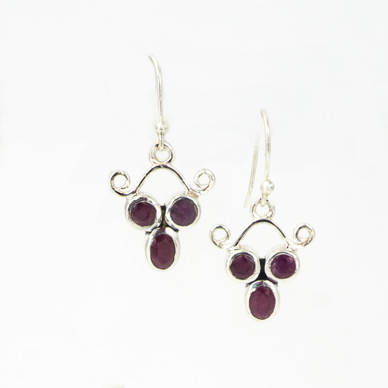 S/S Ruby Earrings
