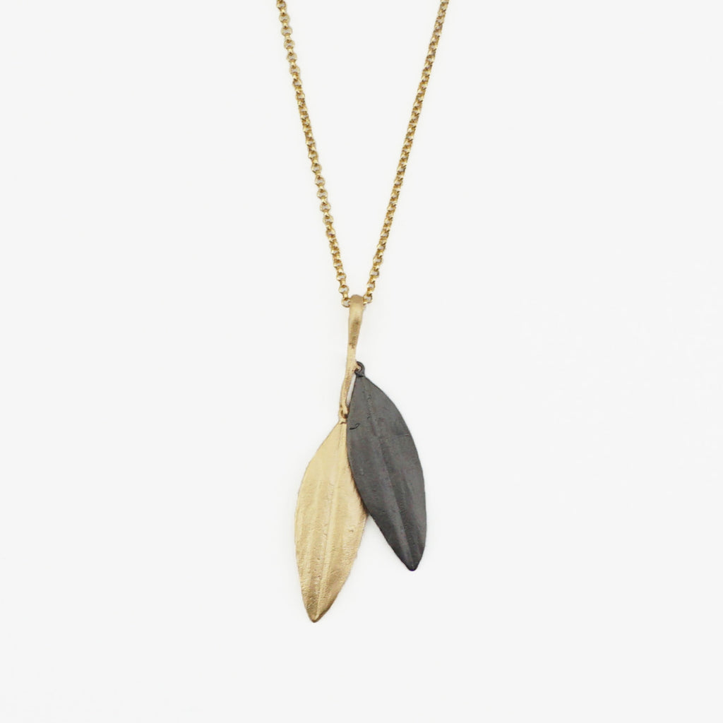 Cordyline Double Leaf Necklace