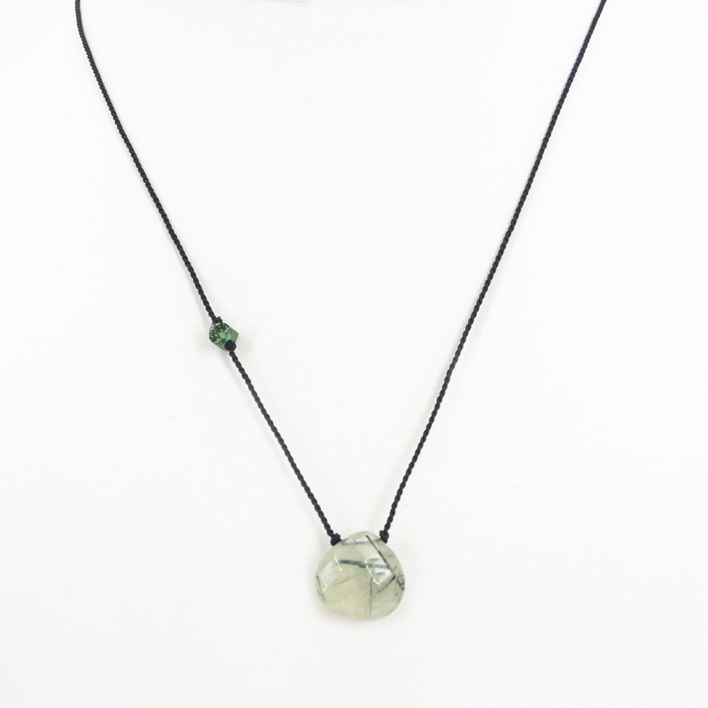 S/S Prehnite W Tourmaline Necklace