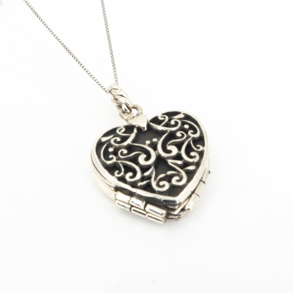 S/S Heart Locket