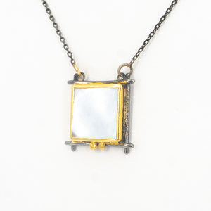 S/S Mother of Pearl Square Necklace