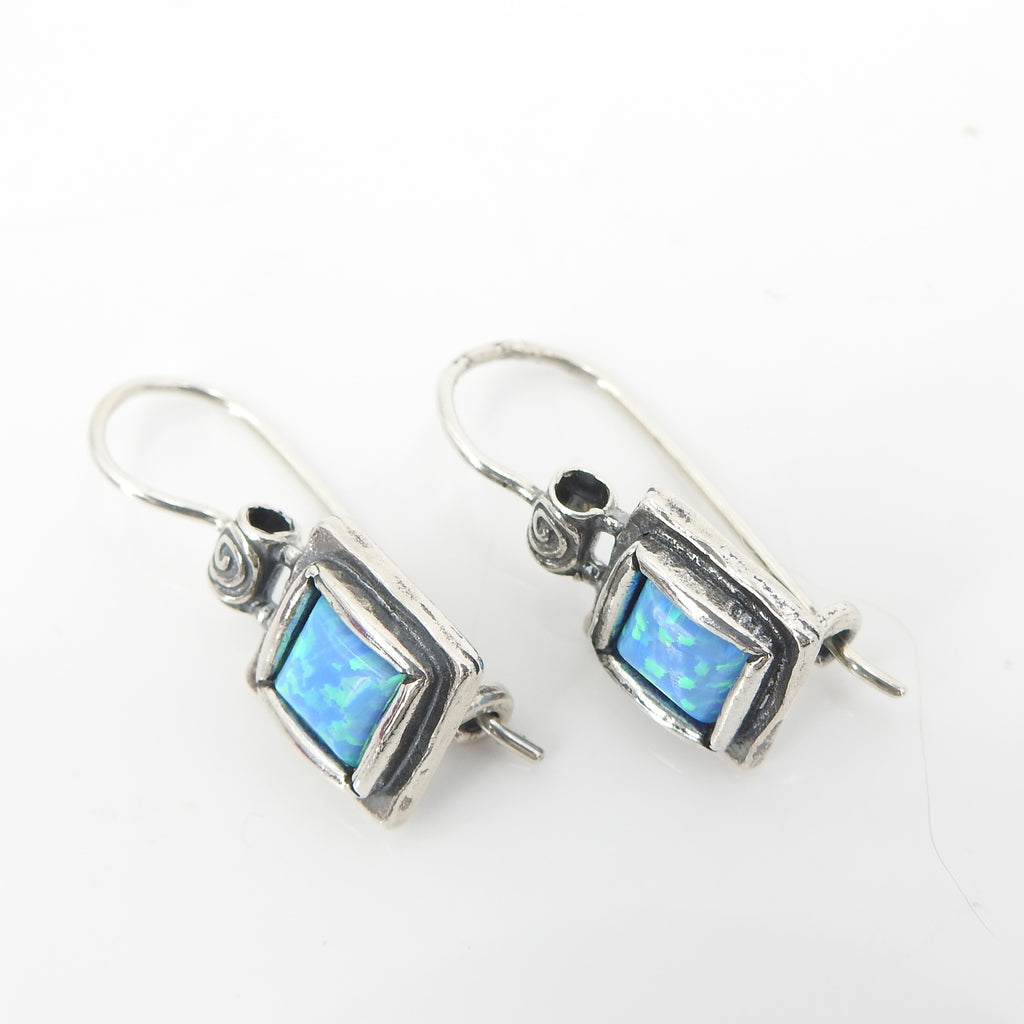 S/S Square Lab Opal Earring