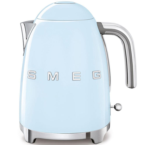 SMEG Kettle Fixed Temperature 3D Pastel Blue | Desiree.ca