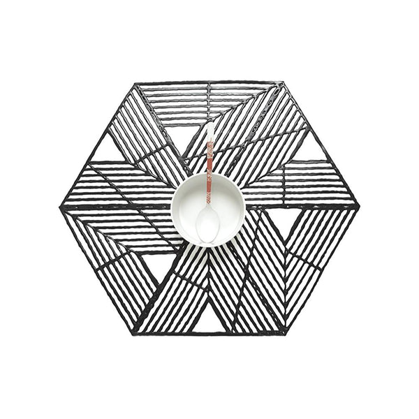 Chilewich Placemat Press Pinwheel Black | Desiree.ca
