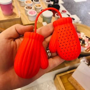 Red Mittens Tea Infuser