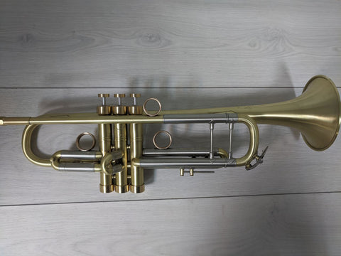 TRUMPET BACH STRADIVARIUS MODEL 37 Raw Brass