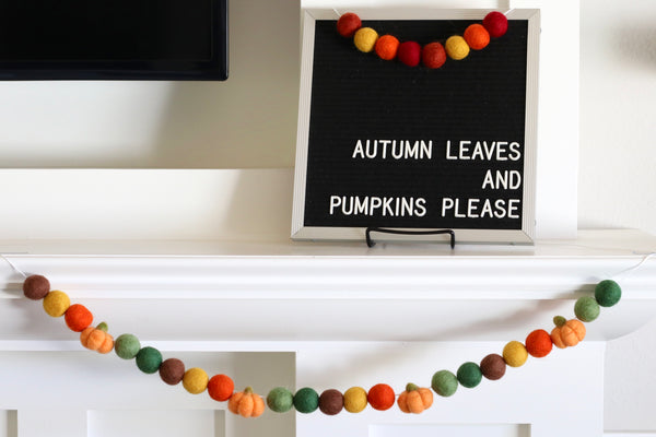 It's Fall, Y'all! Pumpkin Garland
