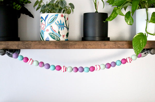 Lilac and Mint Tie Dye Garland