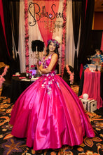 Load image into Gallery viewer, Quinceañera Dress Style BS-1907 - bella-sera-dresses.com