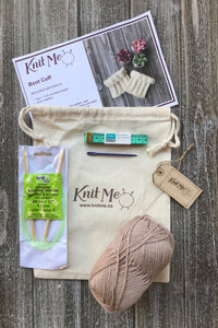 Accessory Set Contents:Taupe worsted weight wool, Pattern, Knitting Needles, Wool Needle, Work In Progress Bag