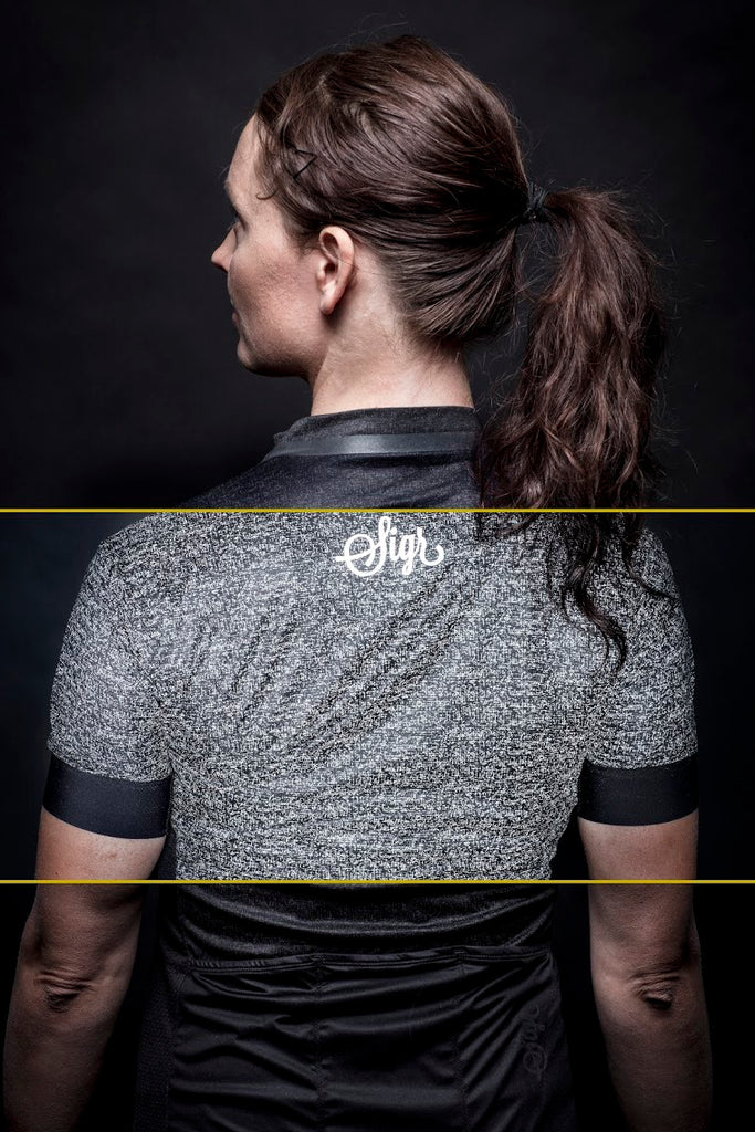 'Grus Norrsken' Reflective Cycling Jersey for Women - PRO Series